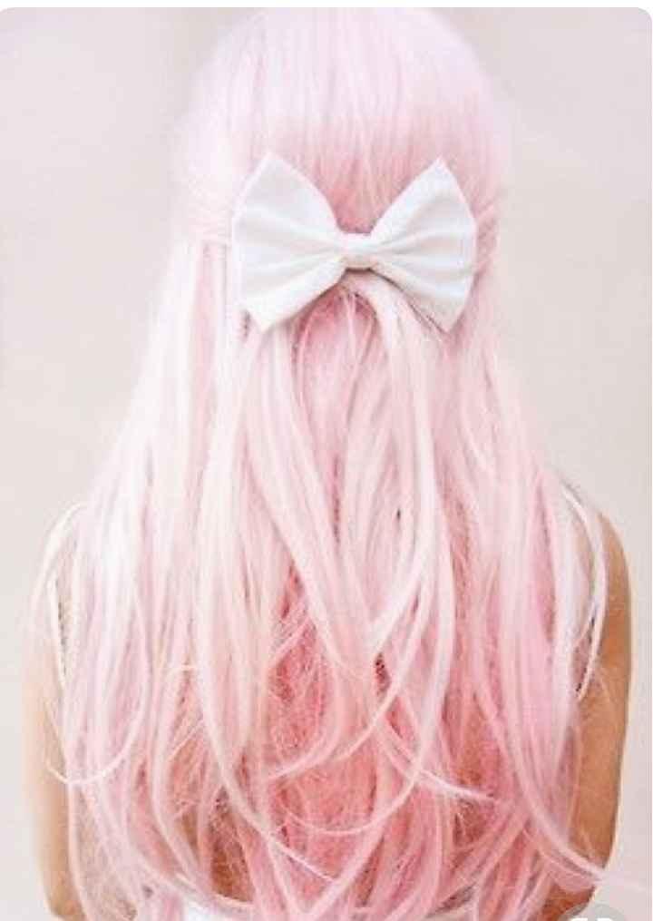 Voici quelques coiffures de mariées aux cheveux colorés - 13