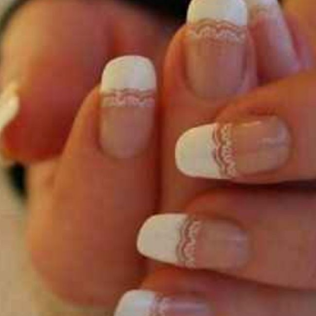 Parlez moi de vos ongles... 10