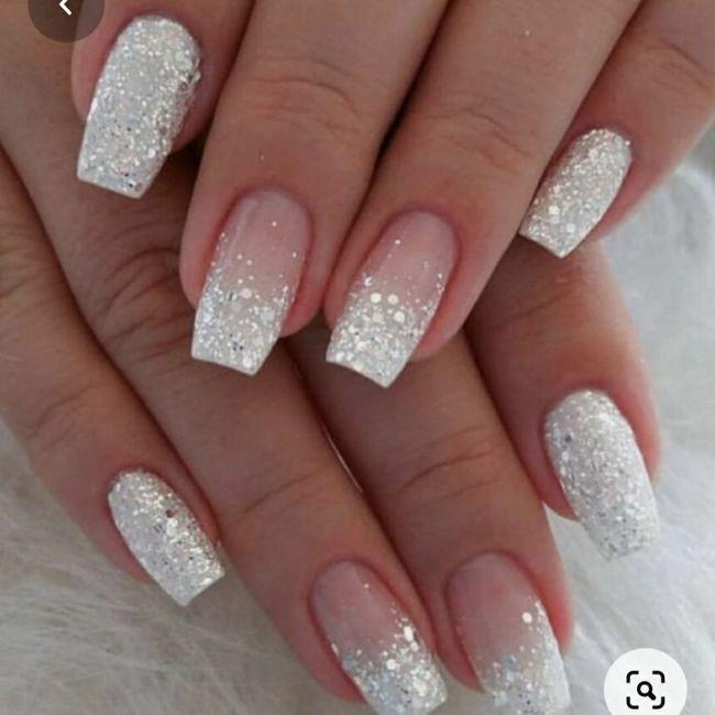 Parlez moi de vos ongles... 11
