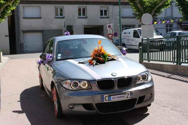 La voiture des mariées