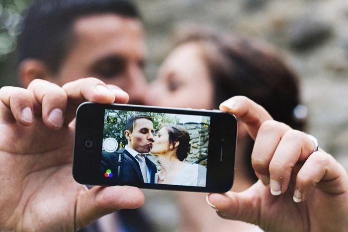 Quel Emoj décrit le mieux ton mariage ? 🥳 1