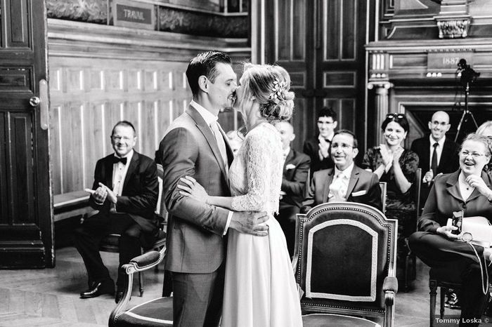 Ce que tu aimes le + et le - sur cette robe de mariée ! À toi de jouer ! 1