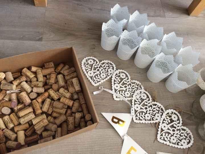 """Suspensions en bois """"love"""" / pots photophores ikéa /100 bouchons lièges pour déco"""
