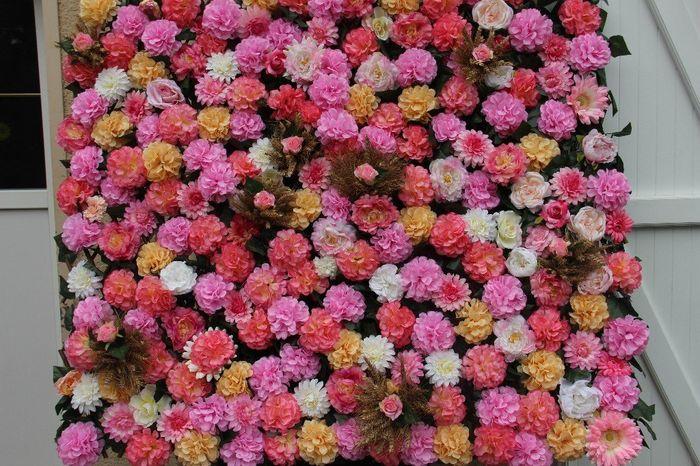 idem mur de fleurs