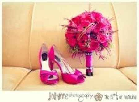 chaussure assortis au  bouquet