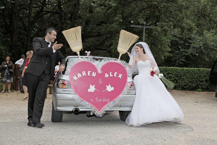 notre voiture balai - Photo Après le mariage