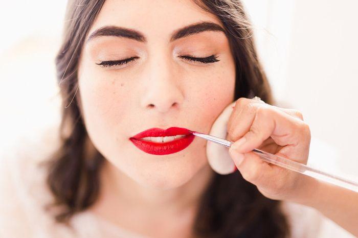 Lèvres colorées ou nude pour le jour J ? 💄 1