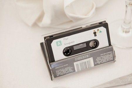 Idée déco de la semaine #13 avec des disques et des cassettes 80's - 9