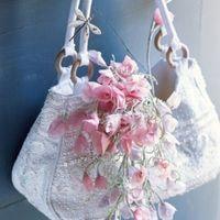 Un bouquet de mariée en papier de soie