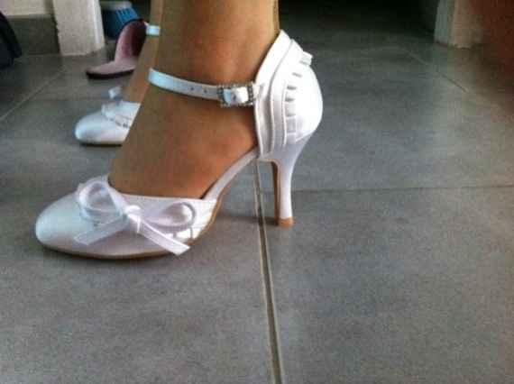 Chaussures de mariée avec noeud : fan ou pas fan ? - 1