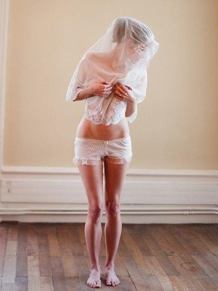 Photos de mariée en lingerie
