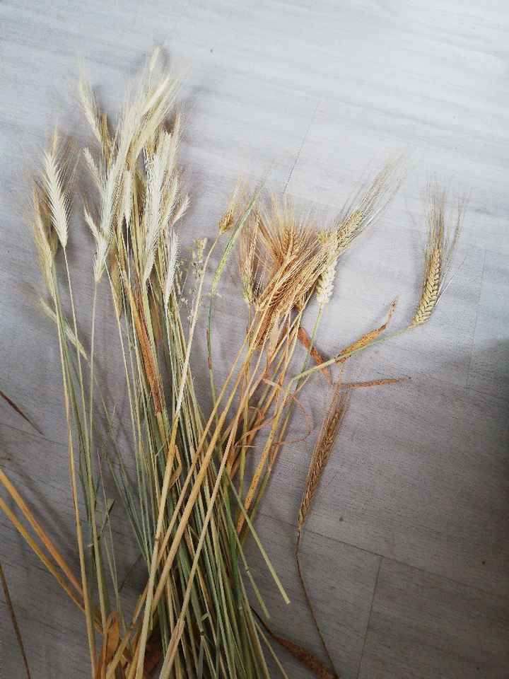 Déco de table avec du blé et de la lavande - 2