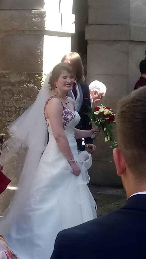 Le sourire plus large, je suis mariée ! en route pour la CL