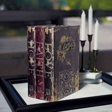 Urne livres anciens