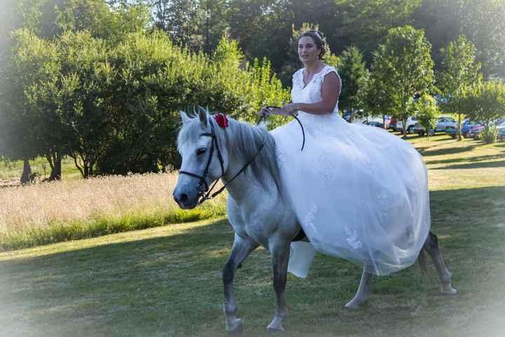 Mariée à cheval ! - 1