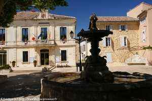 Mairie de Sainte Cécile les vignes