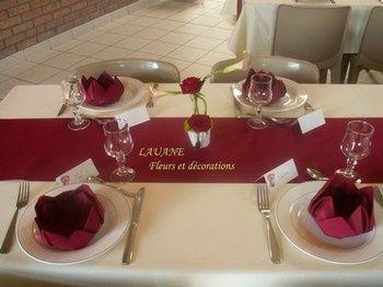 Cherche idées déco de table et centre de table bordeaux et ivoire ...