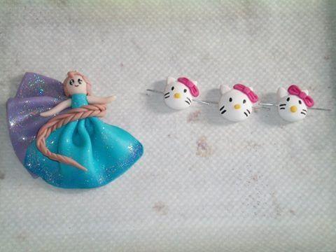 Collier reine des neiges et bracelet hello kitty - 1