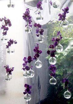 composition florale th me plume bulle et strass. Black Bedroom Furniture Sets. Home Design Ideas