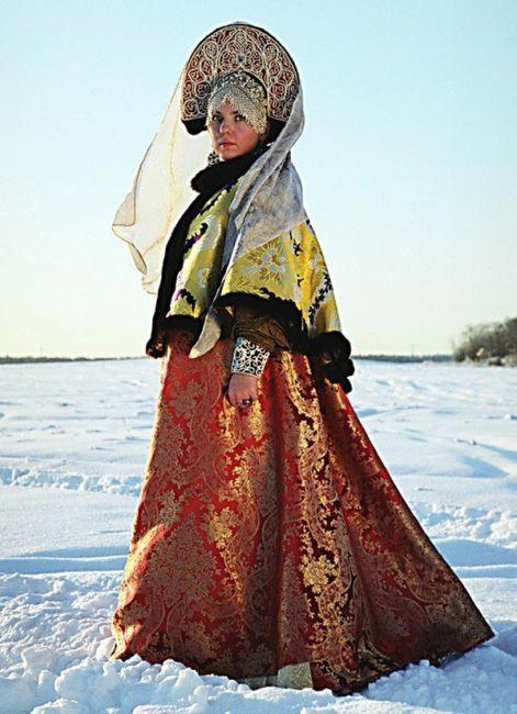 Les robes de mari e travers le monde mode nuptiale for Concepteur de robe de mariage russe