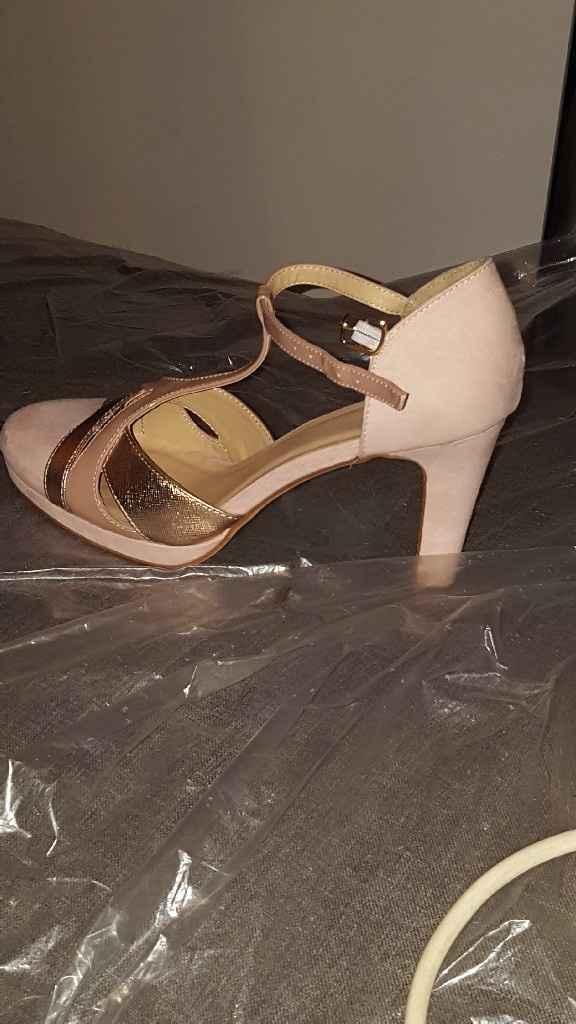 Mes chaussures sont trouvées! - 1