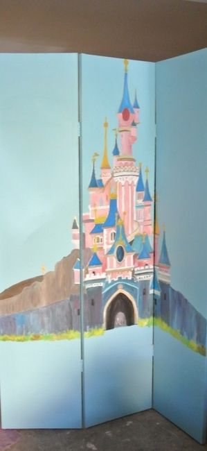 paravent avec le château de Disneyland paris
