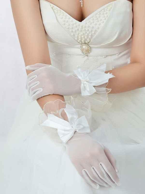 Les gants de la mariée 1