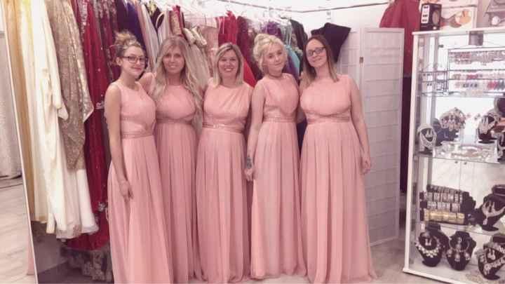 Mes robes de demoiselles d'honneur gagner sur un concours facebook - 1