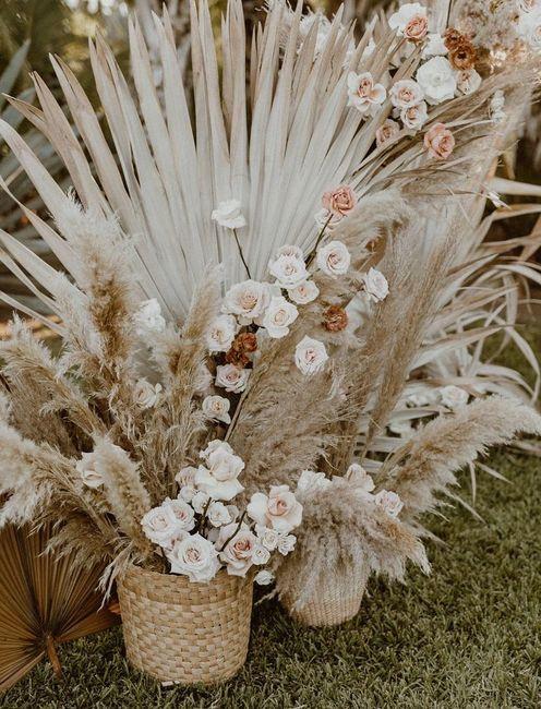 Première inspiration pour un mariage gold and palm tree 7