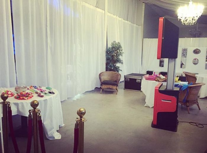 photomaton livre d 39 or et soir e organisation du mariage forum. Black Bedroom Furniture Sets. Home Design Ideas