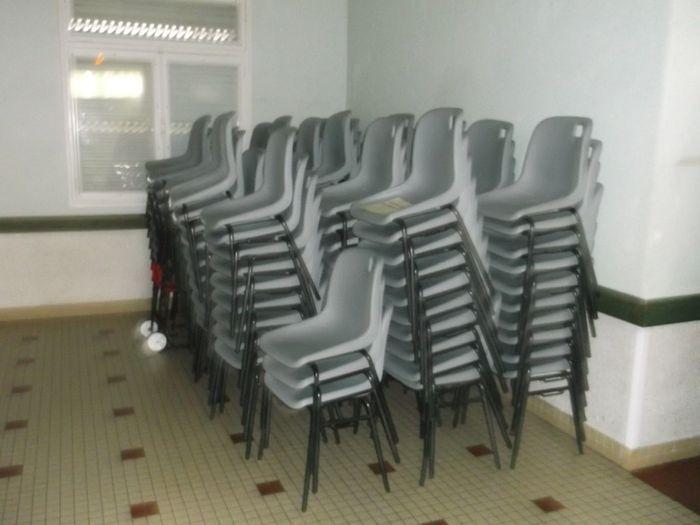 quel type de housse de chaise d coration forum. Black Bedroom Furniture Sets. Home Design Ideas