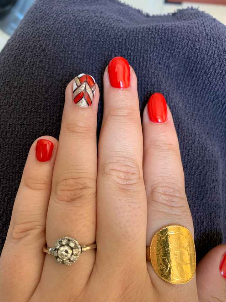 Ongles rouge pour le mariage - 1