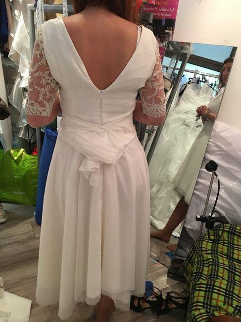robe du mariage civil et tenue de ma maman 2 photo mode nuptiale. Black Bedroom Furniture Sets. Home Design Ideas