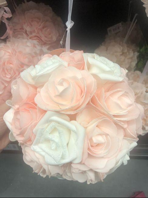 Boules roses artificielles 5