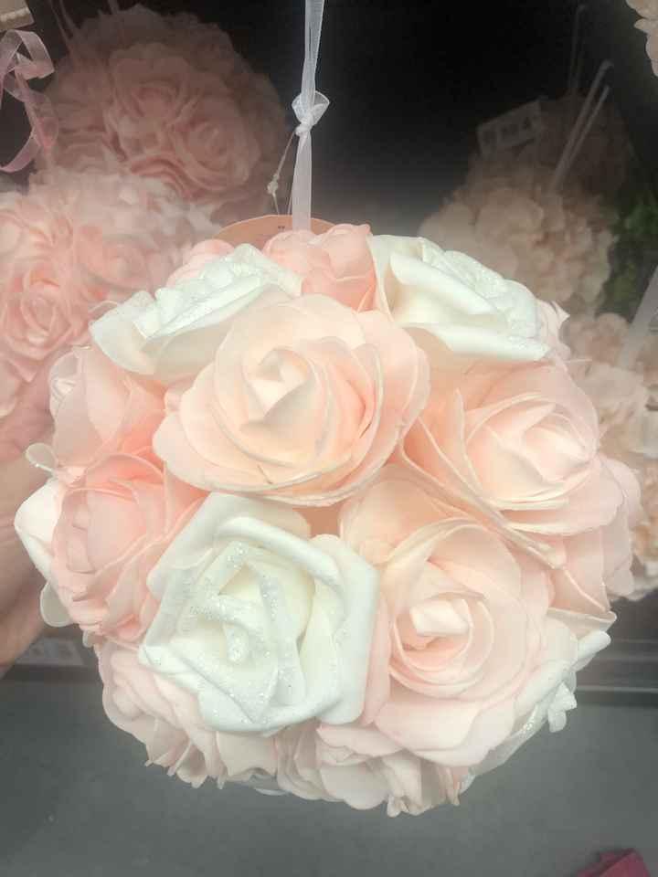 Boules roses artificielles - 1