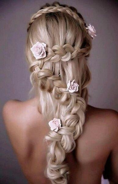Coiffure sur cheveux tres long