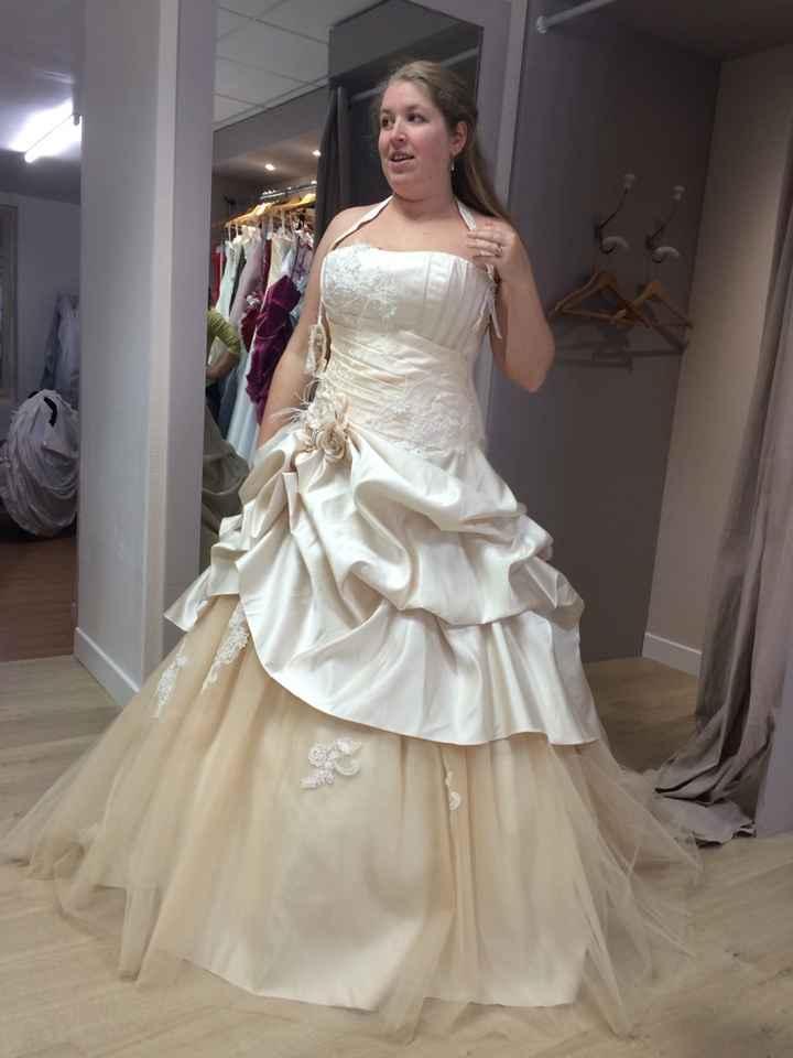 Les robes de mariée champagne : oui ou non ? - 1