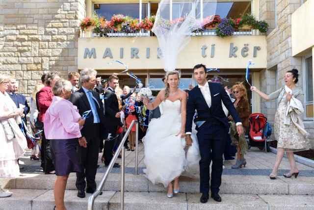 Sortez les dossiers!! photo ratée de mariage!! - 1