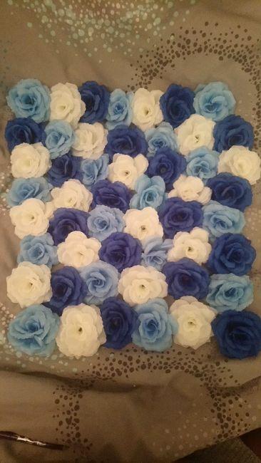 Mur de fleurs bleues 1