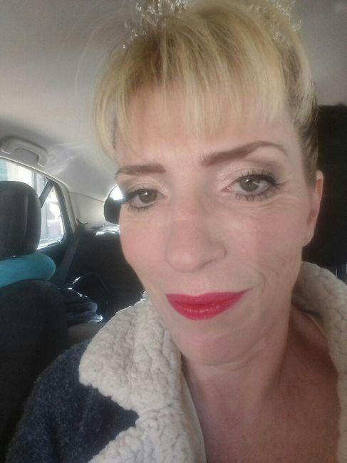 Chignon et maquillage jour j 6