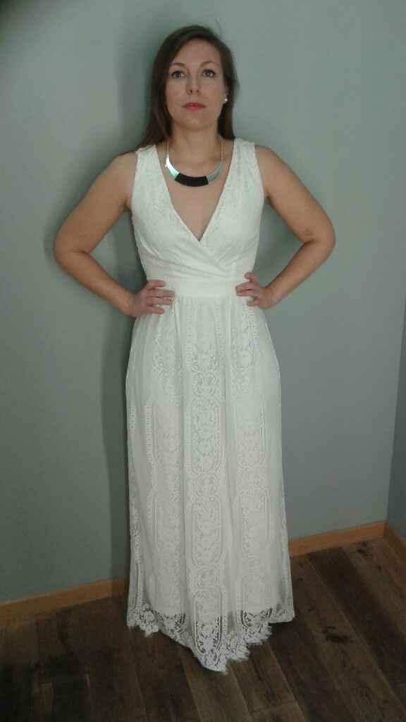 Robe du lendemain ou robe de mariée - 1