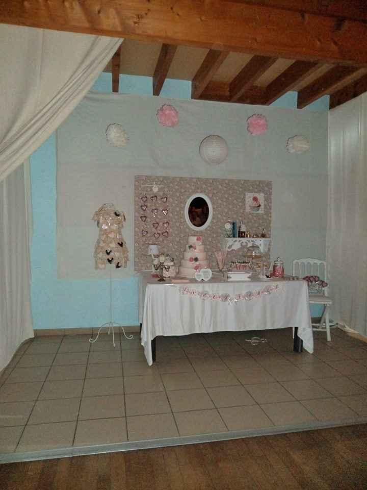 Notre sweet table