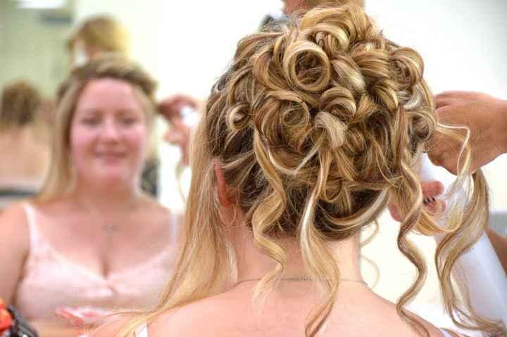 Partagez vos photos !  On continue ? etape 6 : coiffure - 2