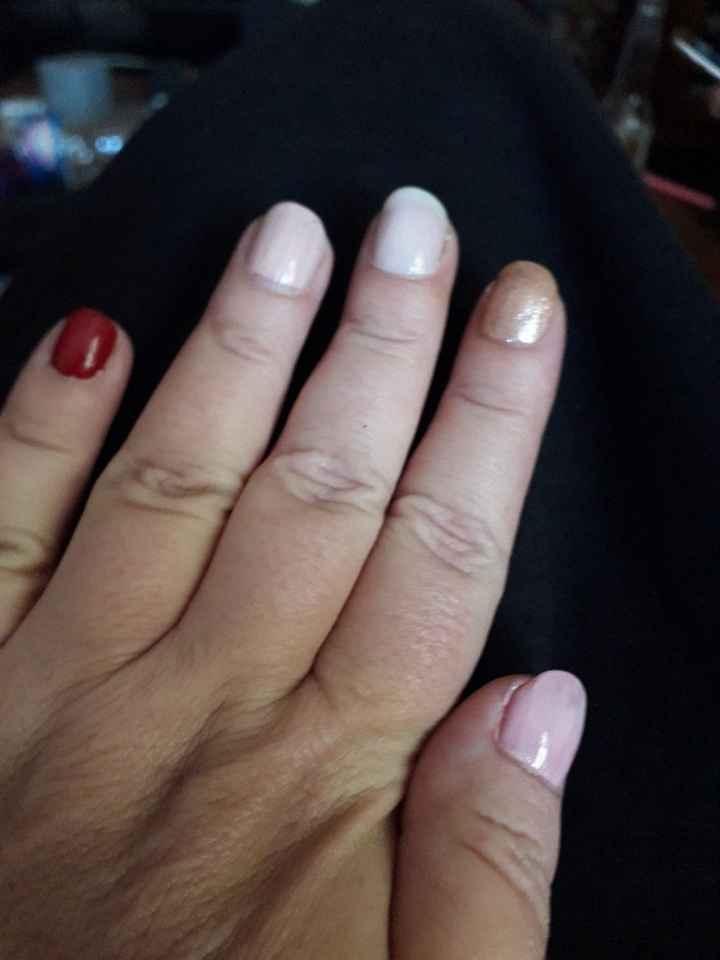 Besoin de votre avis sur le vernis à ongles ? - 2