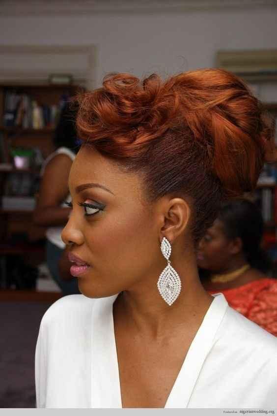 Nouvelle idée sur cheveux colorés + un petit aperçu du makeup qu'elle porte