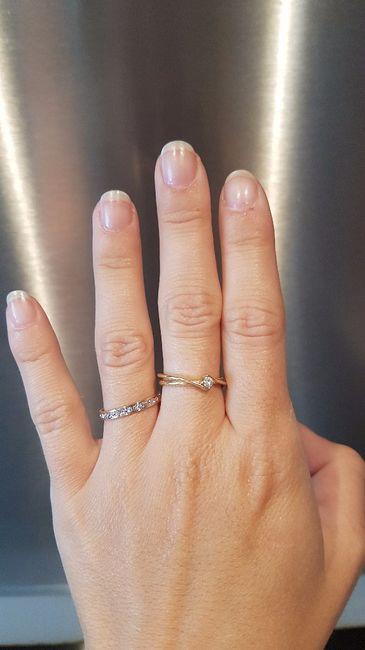 Mon alliance et ma bague de fiançailles
