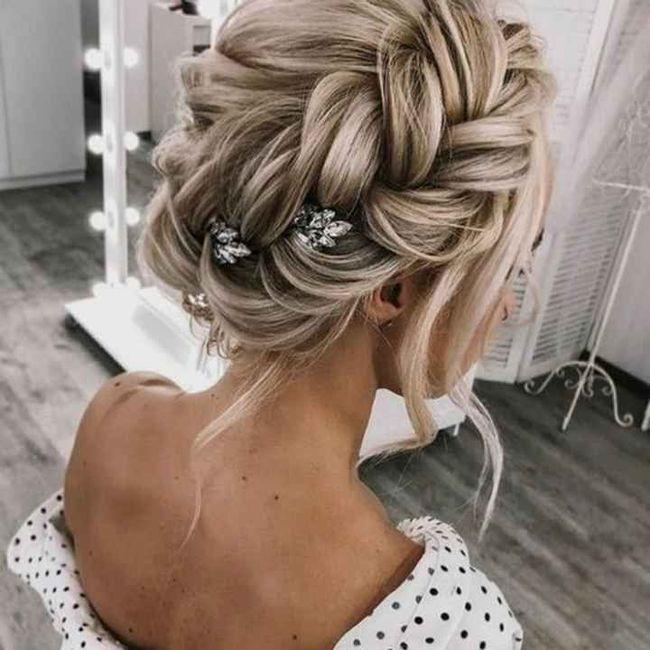 Coiffure cheveux épaule - 1
