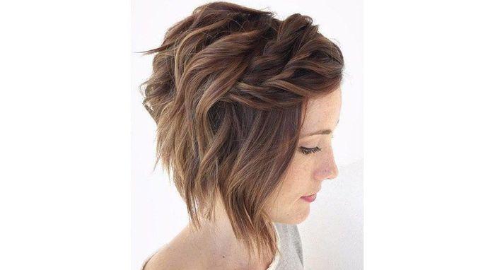 Coiffure cheveux épaule - 3