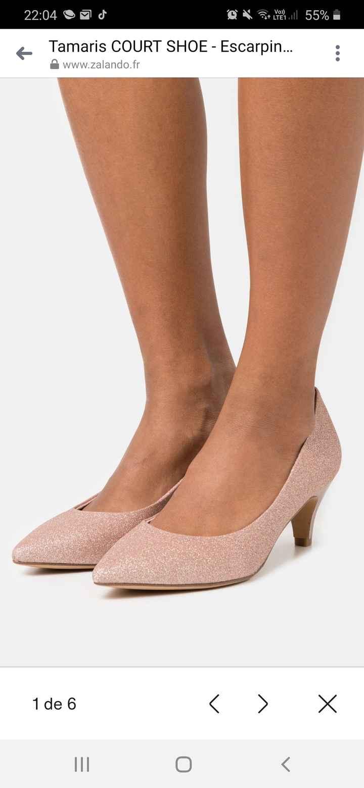 Des chaussures colorées - 1