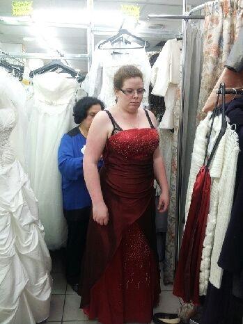 j 39 ai d cid de porter une robe de mari e rouge page 2 mode nuptiale forum. Black Bedroom Furniture Sets. Home Design Ideas